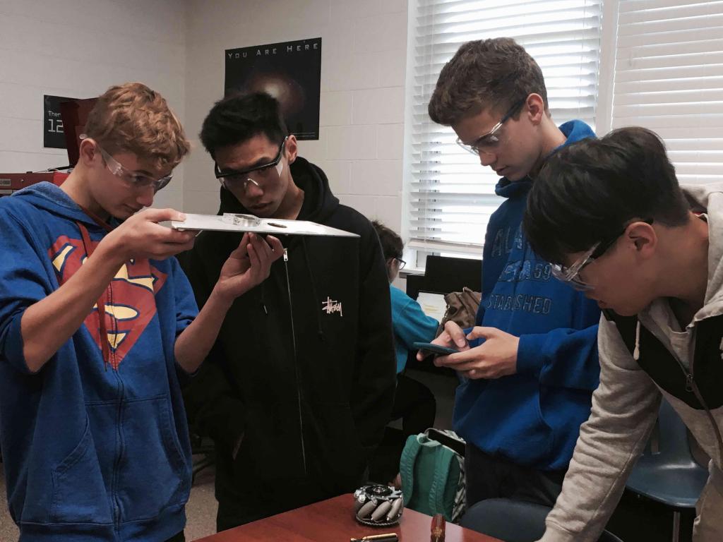 Examining a design for the robot